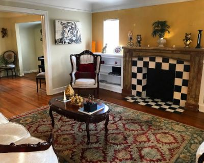 Vintage original house from 1940, in West Hollywood, fully furnish with French classic furniture and piano., Los Angeles, CA