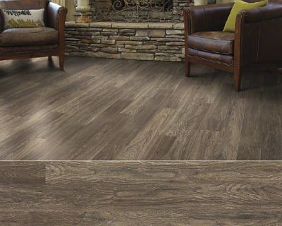 Hardwood and Flooring Selling Company in Chicago/Oak Park Store