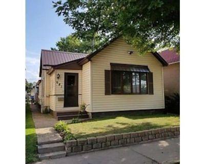 """""""Circa 1900 Home in Downtown Winona """" - Winona"""