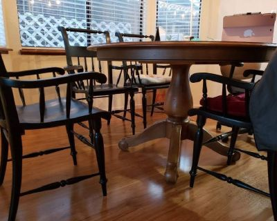 Round Dining Table Sets for Sale