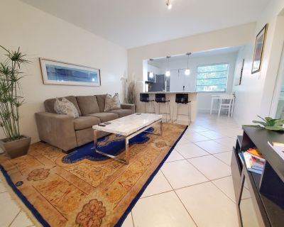 Luxury apartment close to University of Miami and Coconut Grove. Beautiful area! - Miami-Dade County