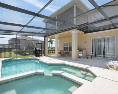 PRIVATE POOL AND JACUZZI, FREE WIFI, VERY CLOSE TO THEME PARKS AND ATTRACTIONS - West Haven