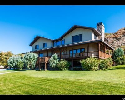 8k sf Luxury Private Ranch, 40 Acres, Fire Pit, Hot Tub, Weddings & Reunions - Daniel