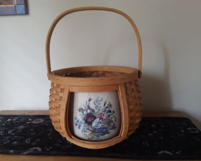 Large Stoneware Pot with Carry Basket