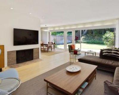 9512 Duxbury Ln, Los Angeles, CA 90034 3 Bedroom House