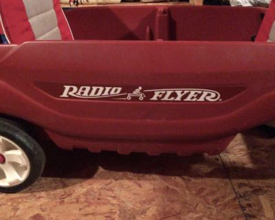 Radio Flyer double seats with canopy