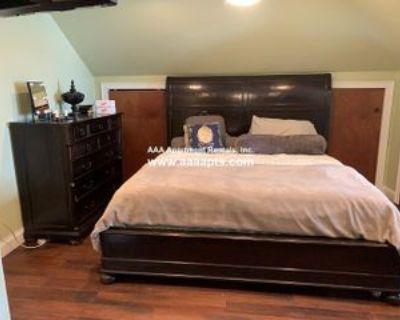 Lowell St, Malden, MA 02148 5 Bedroom Apartment