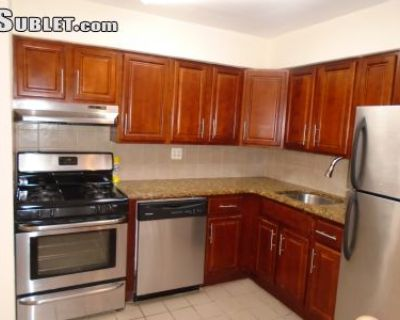 $2860 3 apartment in Forest Hills