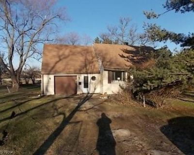 2 Bed 1 Bath Foreclosure Property in Bedford, OH 44146 - Painter Rd