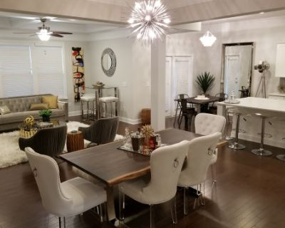 Modern White Kitchen with High End Features, Part of Open Concept Living Space: GREAT FOR TV, FILM, COMMERCIALS, Smyrna, GA