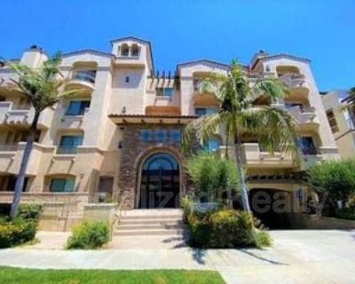 10921 Whipple St #403, Los Angeles, CA 91602 3 Bedroom Condo