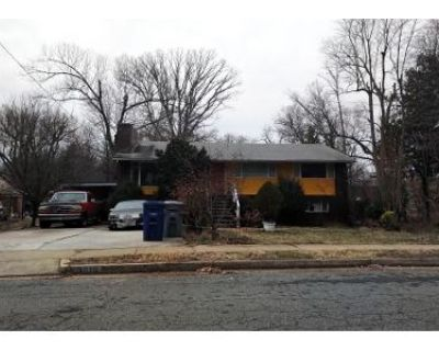 4 Bed 3 Bath Preforeclosure Property in Annandale, VA 22003 - Terrace Dr