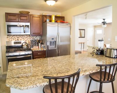 New Kitchen, Room For The Whole Family - Near 1st Bank Center - Broomfield