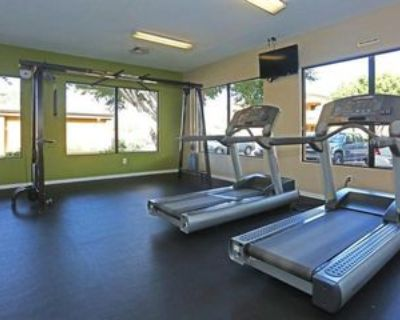 6751 W Indian School Rd, Phoenix, AZ 85033 2 Bedroom Apartment