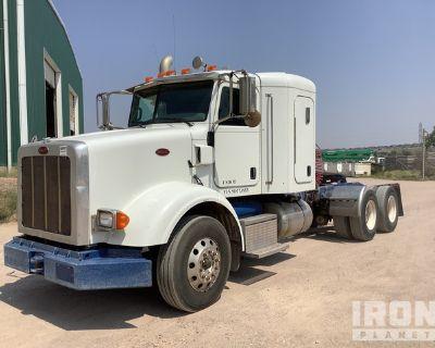 2009 Peterbilt 365 6x4 T/A Sleeper Truck Tractor