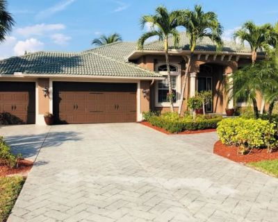 8666 Lakefront CT