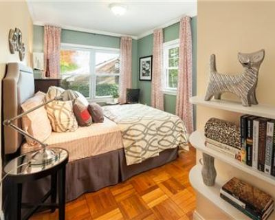 Two Bed Townhouse - Dog Friendly - 2 Months Free