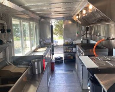 Food Truck - Chevy / Workhorse / 2004