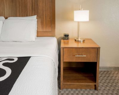 La Quinta Inn & Suites by Wyndham Fort Worth Eastchase - Fort Worth