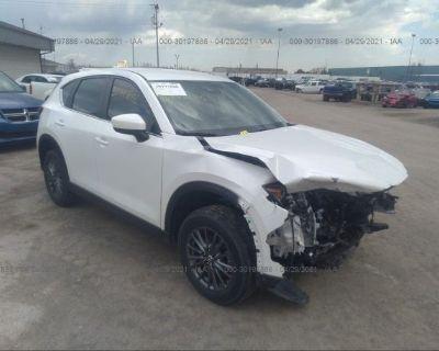 Salvage White 2018 Mazda Cx-5
