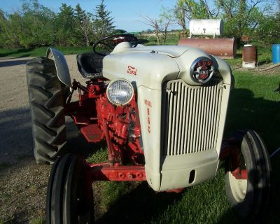 860 Ford tractor - 800 series