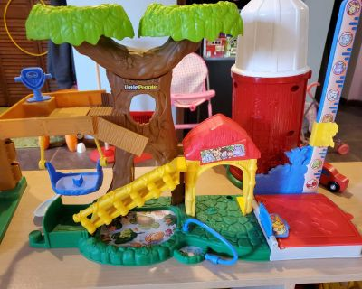 little people tree house toy ship (toy persons included)