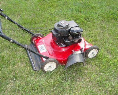 (Lawn Mowers) 20 MTD 3.5 Hp Briggs Easy