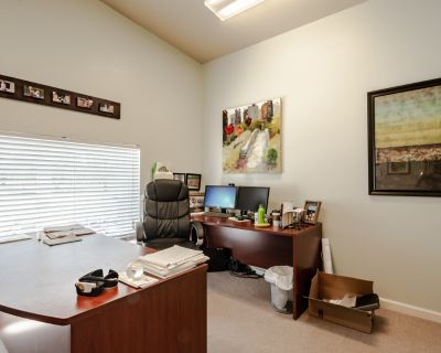 Builders Showroom with open space with offices, storage, kitchenette