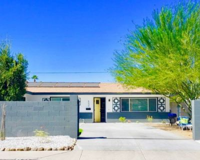 Mid-Century Pool Chic Home! Awesome Deal! - Palm Springs