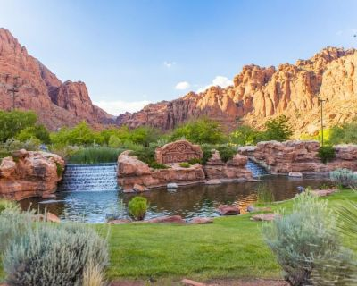 Nature Escape! Stay at Red Lion Hotel St. George! Pool, Gym, Free Parking! - St. George