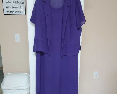 2X, DARK PURPLE, SLEEVELESS DRESS WITH JACKET, EXCELLENT CONDITION, SMOKE FREE HOUSE
