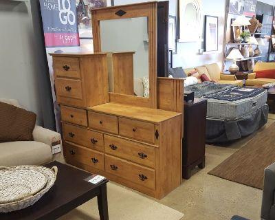 (NEW) Savannah 5 PC Bedroom Set $729.99