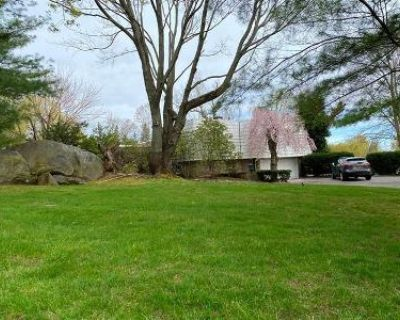 5 Bed 5 Bath Foreclosure Property in Great Neck, NY 11024 - Split Rock Dr