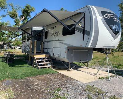 2019 Highland Ridge Open Range 374BHS