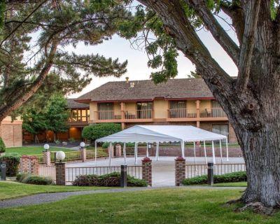 Perfect Getaway! Four Comfy Units, Pool, Restaurants - Pasco
