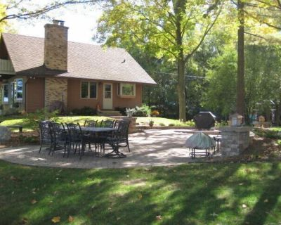 Fall Getaway in the Kettle Moraine! - Whitewater