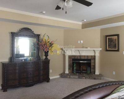 Fully furnished 5 bedrooms 3 full baths house in Augusta