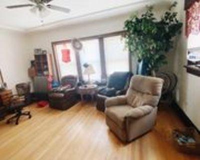 6126 W Burnham St #2, West Allis, WI 53219 1 Bedroom Apartment