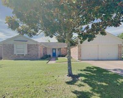 3002 Heritage House Dr, Webster, TX 77598 4 Bedroom Apartment
