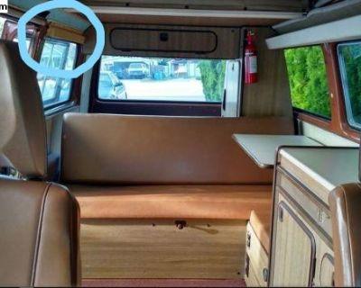 [WTB] Passenger sliding glass overhead trim piece?