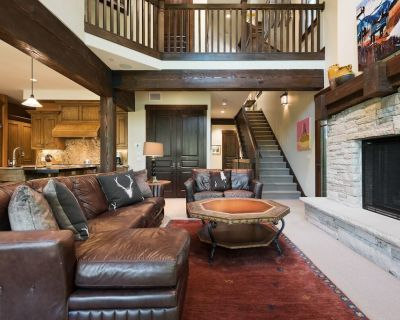 Glorious Cottage, Silver Star #15, with Private Hot Tub - Downtown Park City