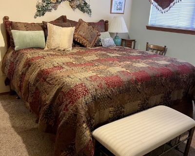 Complete King bed and complete brass full size