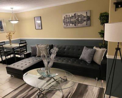 """""""Luxury 1bdrm Apartment Near Galleria"""" - Uptown"""