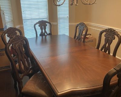 Ashley Furniture North Shore extendable table and 6 chairs