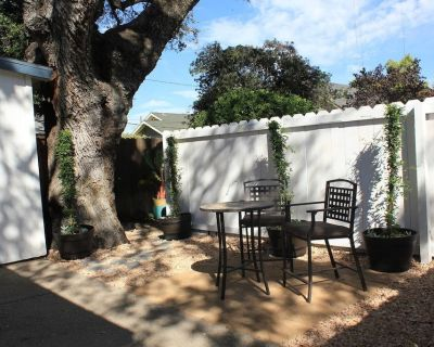 Vine Street Guest House is a cozy getaway! Minutes to downtown! - Paso Robles