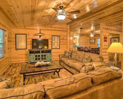 NEW! Broken Bow Oasis: Fire Pit, Pool Table, Patio - Broken Bow