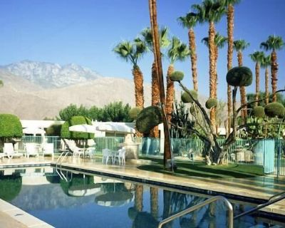 Serene 1BR w/ Complex Pool, Jacuzzi, Spa, Tennis, Fitness Area & Bike Rentals - Araby Commons