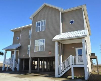 Spacious beach house, tucked away in the peaceful Fort Morgan area. - Fort Morgan