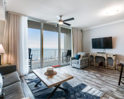 Beachfront Dream w/ Free WiFi, Central A/C, Washer/Dryer, Shared Pools, Hot Tub - Panama City Beach