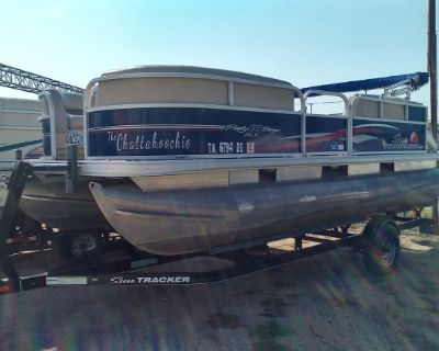 2016 Sun Tracker PARTY BARGE® 18 DLX